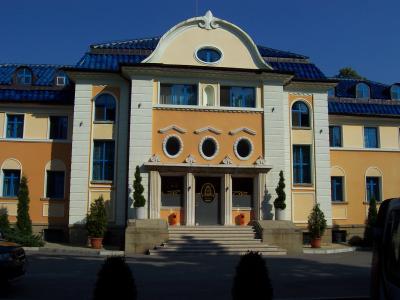 Фасадата на хотел Анна Кристина Видин